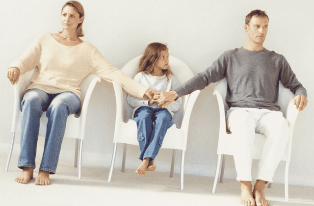 Место жительства ребенка после развода родителей — Юридические советы